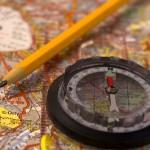 Kompass und Landkarte